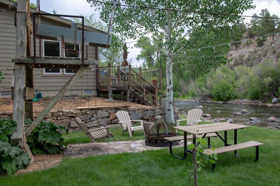 South-Fork-Wedding_Arbor-House-Inn_Colorado-Mountain-Elopement_Ashography_0204