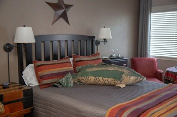 South-Fork-Lodging_Arbor-House-Inn_Colorado-bed-and-breakfast_Wolf-Creek-Ski-Lodging_0152