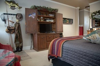 South-Fork-Lodging_Arbor-House-Inn_Colorado-bed-and-breakfast_Wolf-Creek-Ski-Lodging_0154